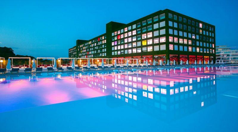 Adam Eve Hotel +16