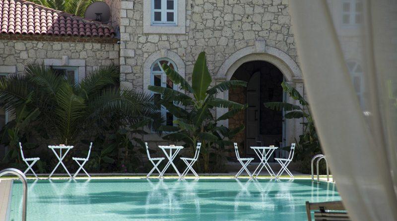 Alaçatı Manastır Hotel